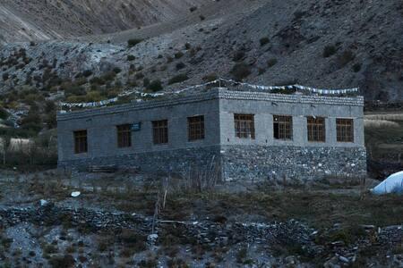 Buddhist village homestay in Shingo, Ladakh -  Ladakh - Maison