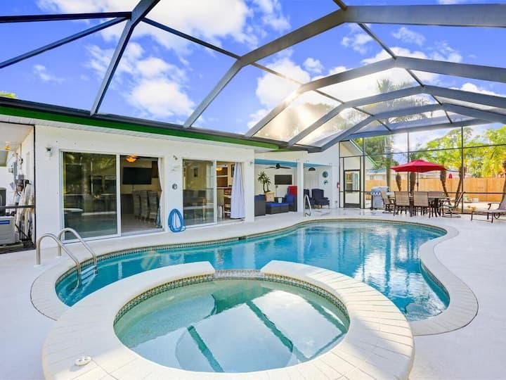 4 Bedroom Heated Pool and Hot Tub