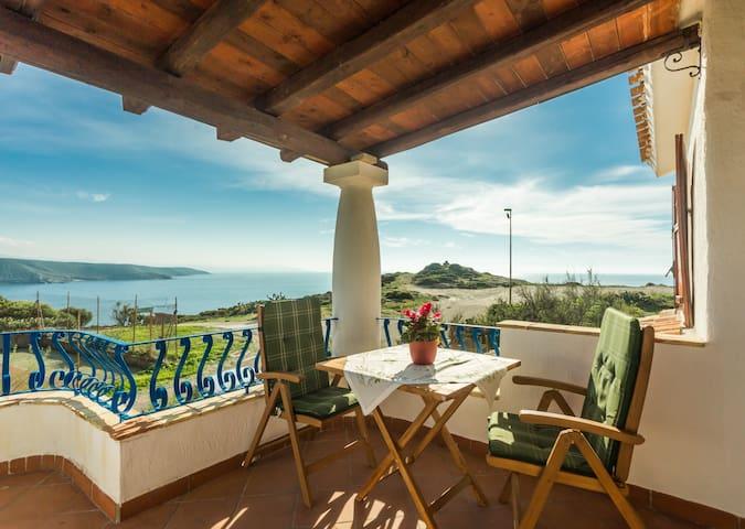 Appartamento panoramico in villa. - Torre dei Corsari - Lägenhet