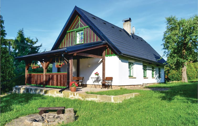Holiday cottage with 2 bedrooms on 80m² in Horni Branna