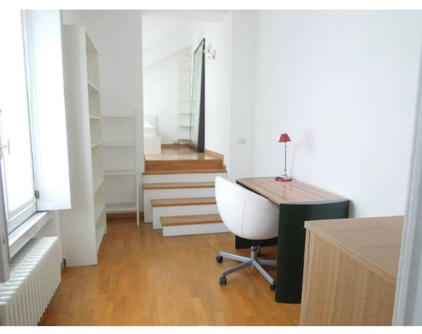 Apartment in Milan City center
