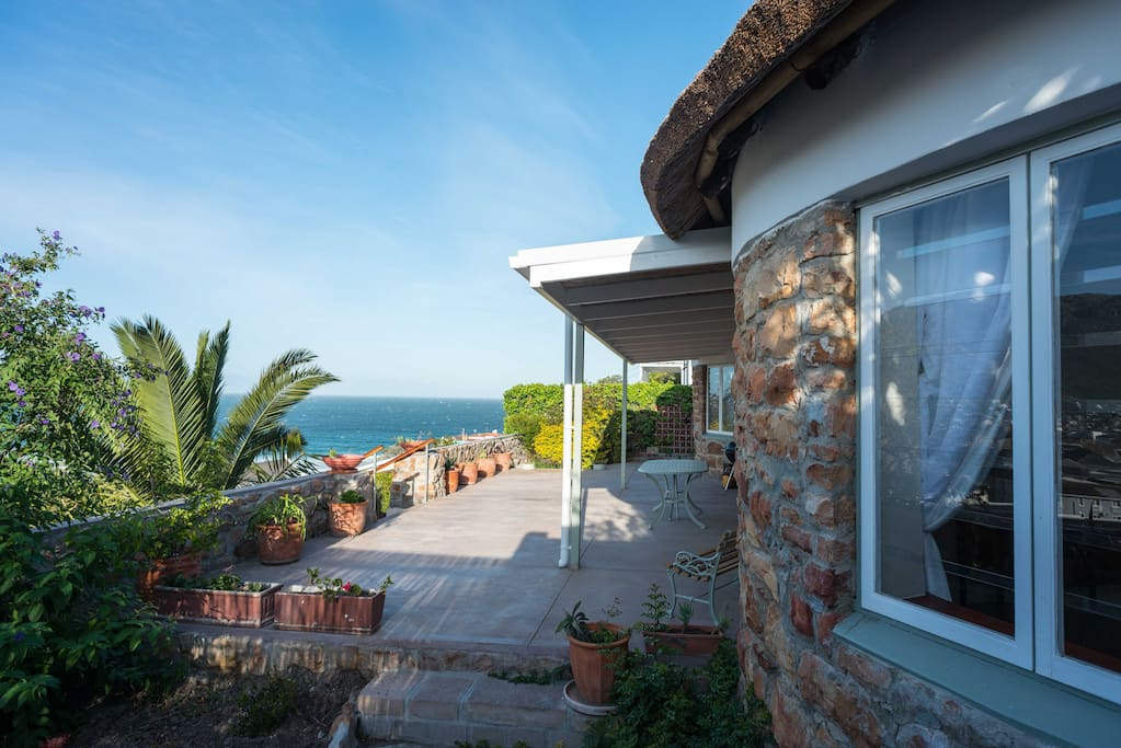 Sea cottage - Patio with wonderful views