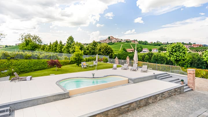 Spacious, eclectic Villa in the Barolo valley