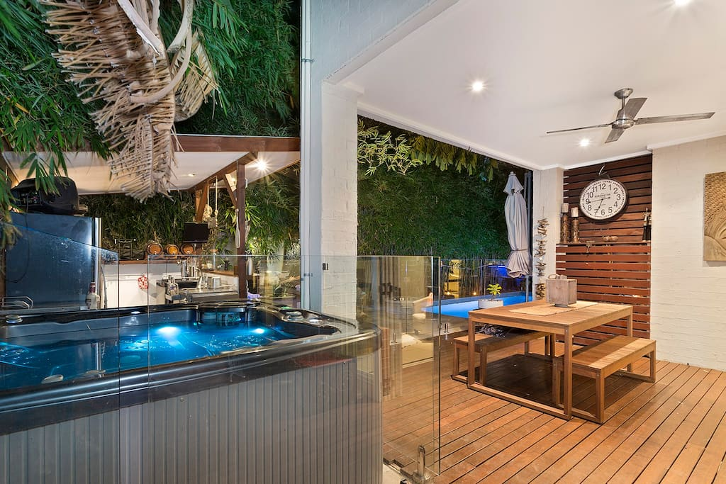 Hot Tub and Outdoor Entertaining Area