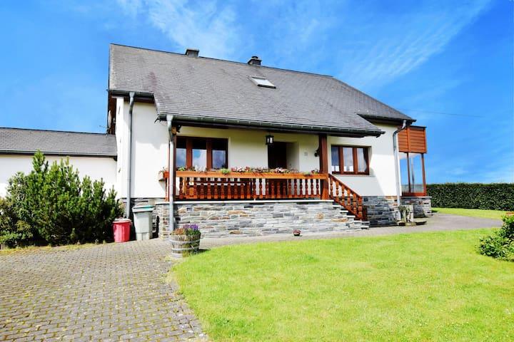 Mooi vakantiehuis in de Ardennen met open haard
