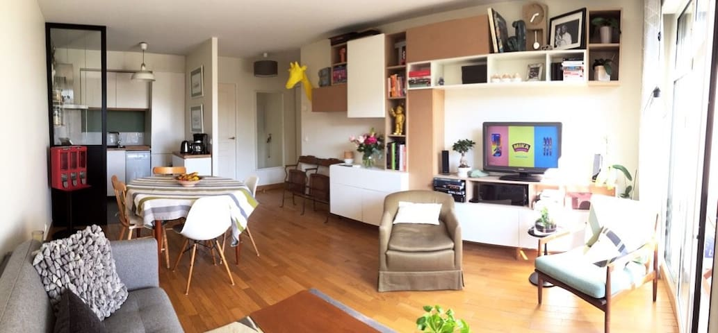 Quite and cosy flat near Paris