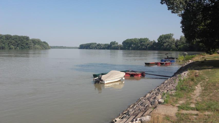 Datsche am Donau, Vojvodina, Serbien - Bezdan - Casa
