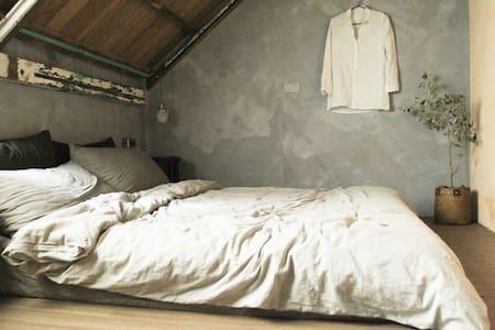 MIAOKO hostel : 小木屋雙人房