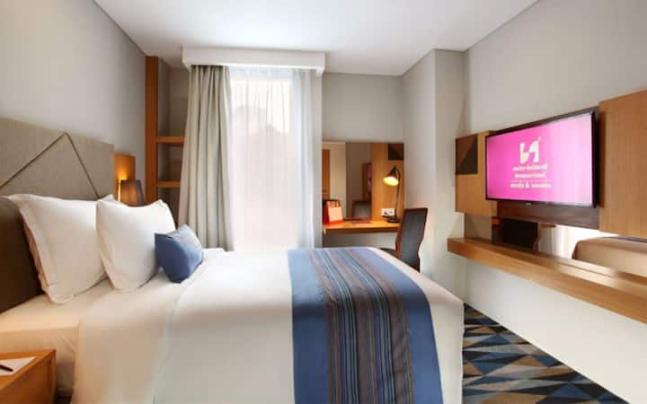 Superior Deluxe Double Room Only in Pondok Indah