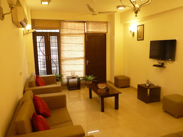 Modern rooms in Defence Colony