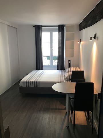 Appartement Paris 75006 (saint germain des près )