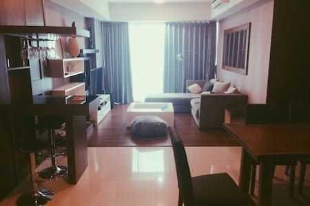2BR Comfy & Luxurious Apartment Kemang Village - Mampang Prapatan - アパート