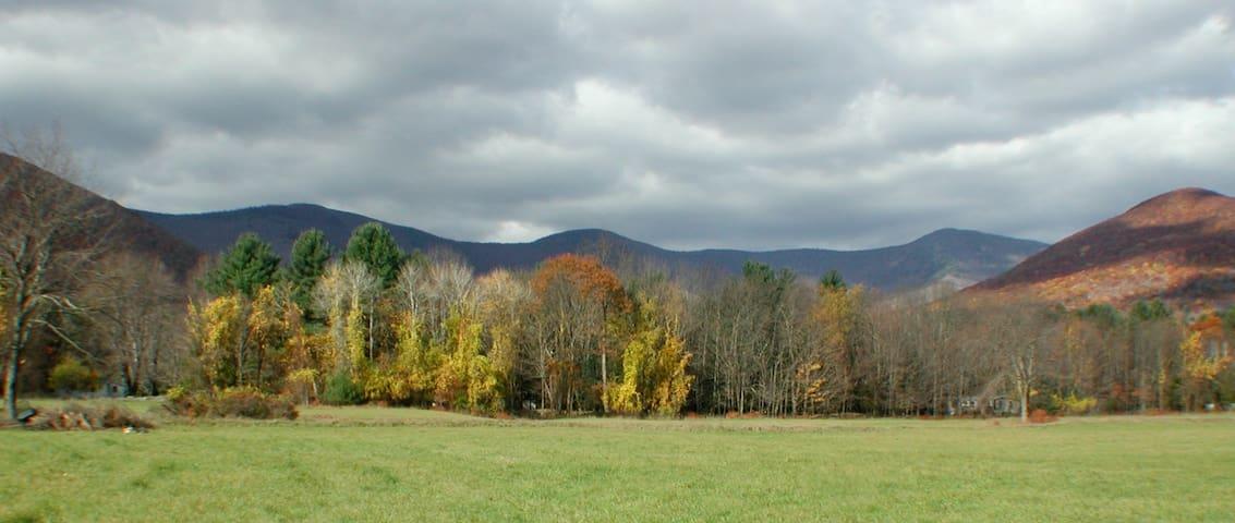Catskill Mountain Boarding House (beautiful field)
