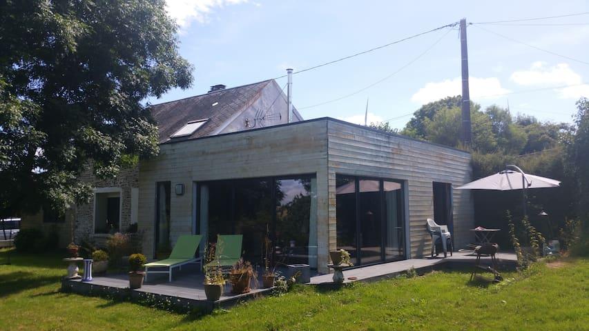 pierre et bois - Aunay-sur-Odon - Huis