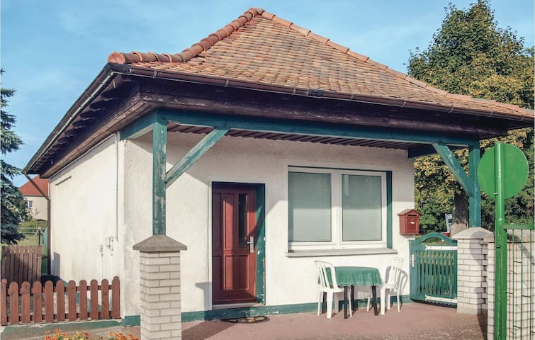 Holiday cottage with 1 room on 40m² in Milmersdorf