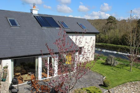 House with River Barrow View - Borris Co Kilkenny
