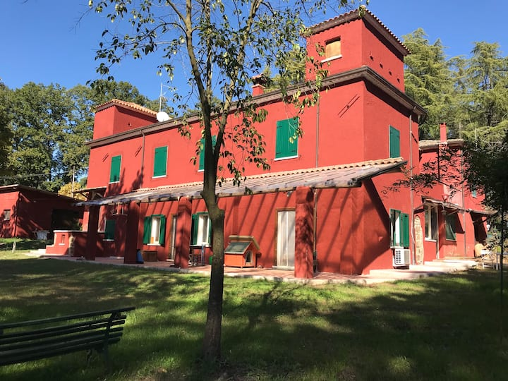 Ancient Country House 1h from Rome