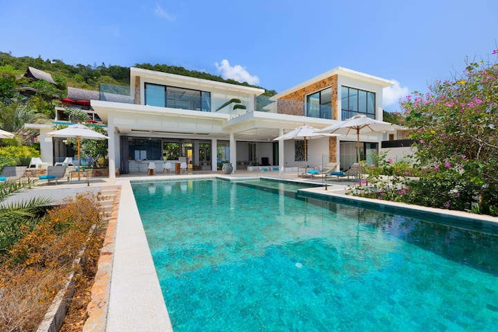 Luxury villa CALLAINA 4 bedrooms villa Koh Samui