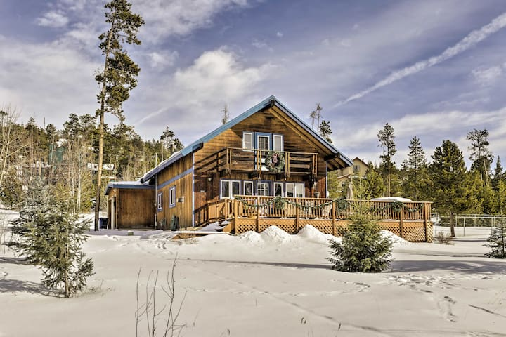Silverthorne Home w/Wraparound Deck, Views, 1 Acre
