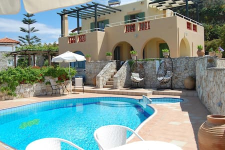 3-bedroom Villa Athina with private pool - Stalos