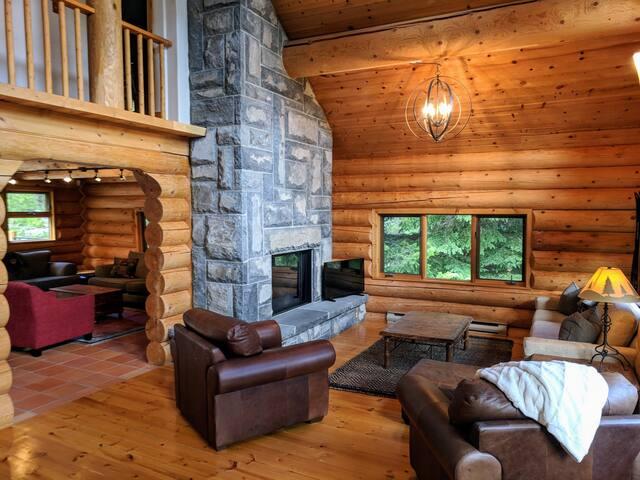 3 Bedroom Whistler Cay Log Home