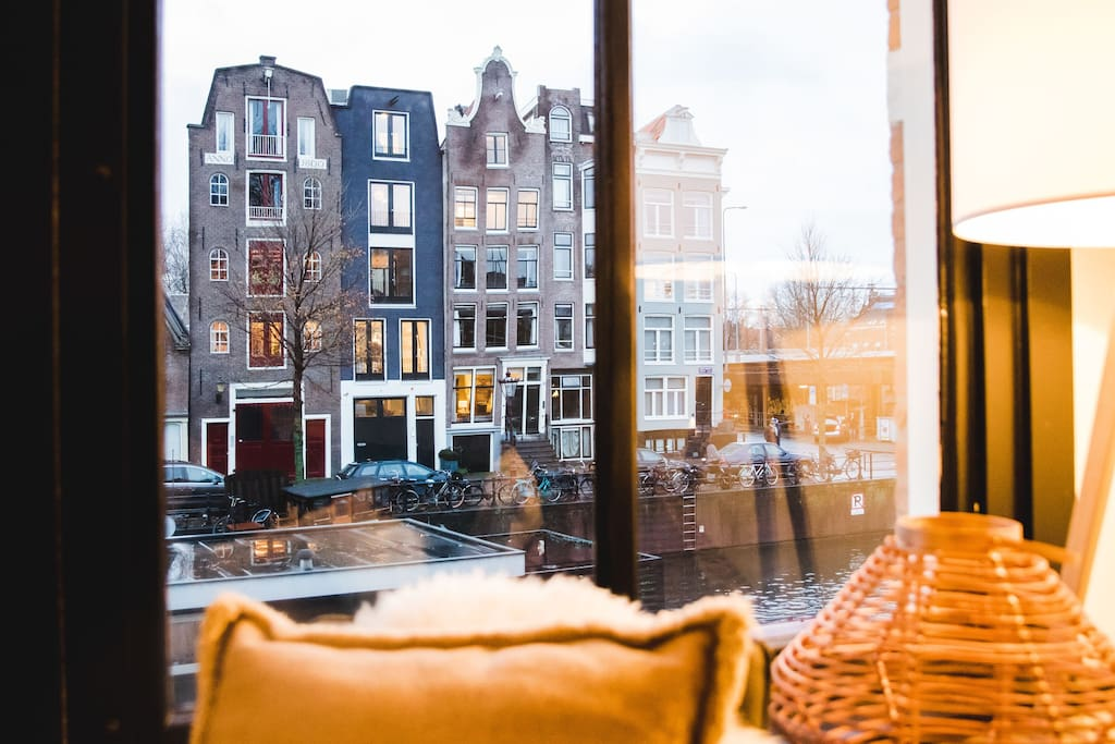 Beautiful central design flat prinsengracht canal for Affitto appartamento amsterdam centro