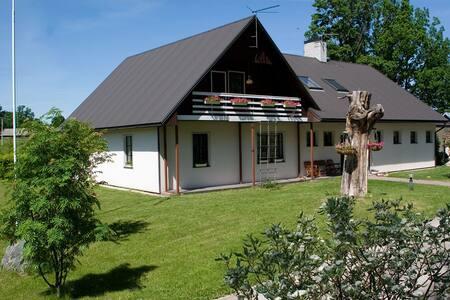 Private house in lovely surrounding - Lapetukme - Lain-lain