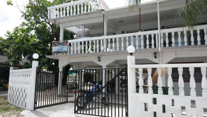 L's Lodge - Funafuti, TUVALU