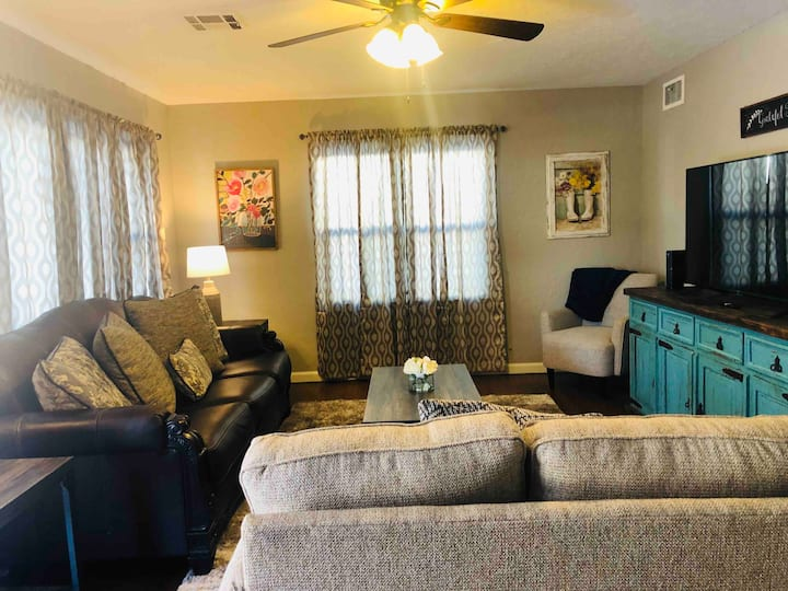 NEW LISTING!!! The Uptown Okie!