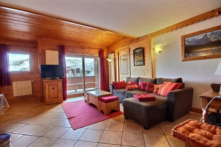 Beautiful apartment with free access to swimming pool and fitness