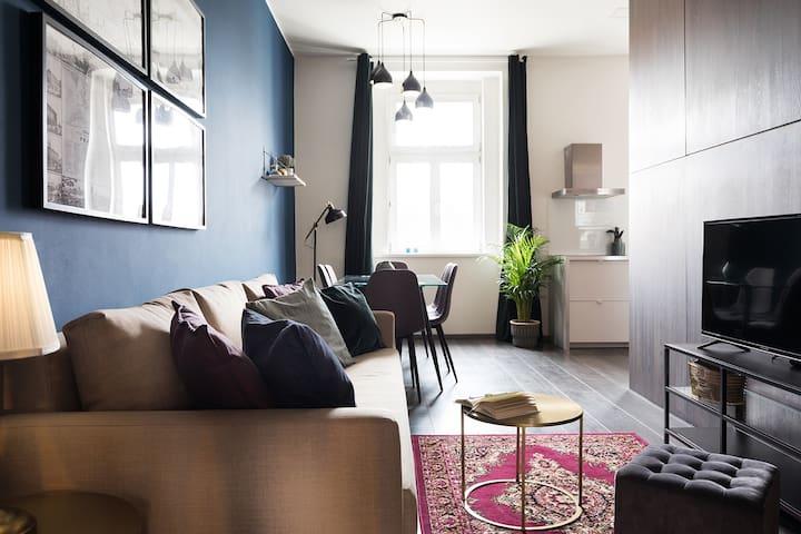 Urban Minimalist Interior Design Apartment