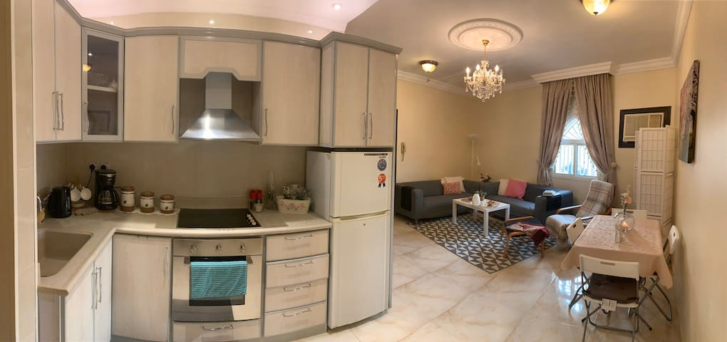 New 3 bedroom apartment 10 min walking to Alharam!
