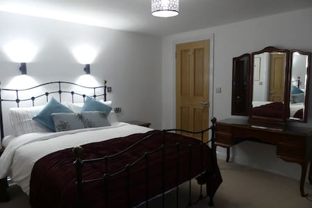 St Nicholas guest-suite.