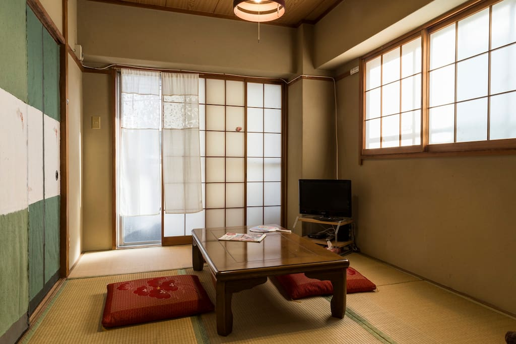 Tatami room in day time, and Futon bed room in the night.