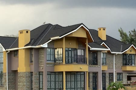 1 BR Wing in New Naivasha Mansion - Talo