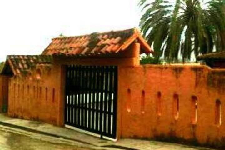 TOWNHOUSE BRISAS DEL MAR-  ISLA DE MARGARITA