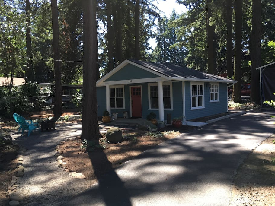 cozy vintage cottage in the woods houses for rent in