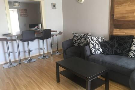 5 Bed Self Catering Apartment Clonmany Street