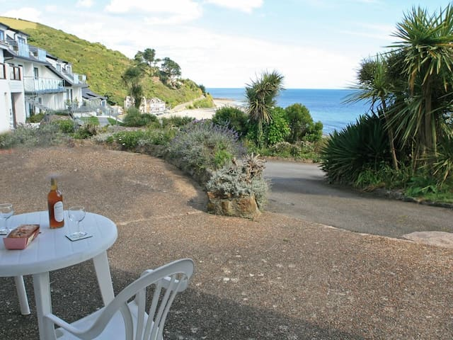 LOBSTER POT, pet friendly in Looe, Ref 959461