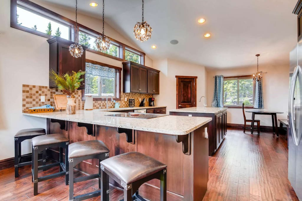 Gourmet kitchen fully equipped for creating that special meal or entertaining! Leads to Formal Dining Room