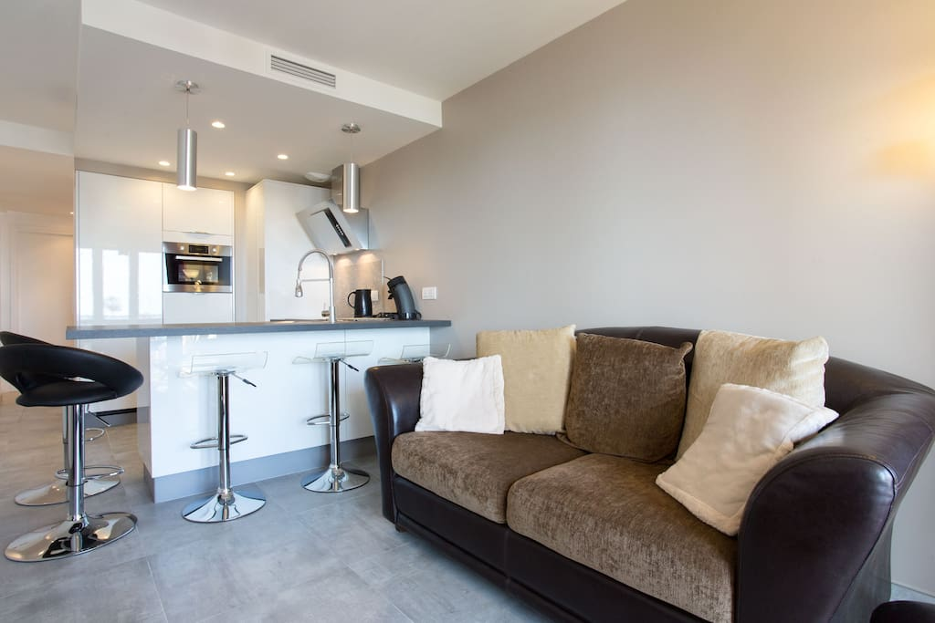 4 st cke zimmer bersicht meer 150 m strand wohnungen. Black Bedroom Furniture Sets. Home Design Ideas