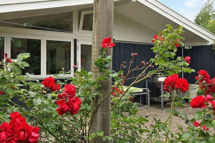 Maison de vacances pour 4 a Gilleleje
