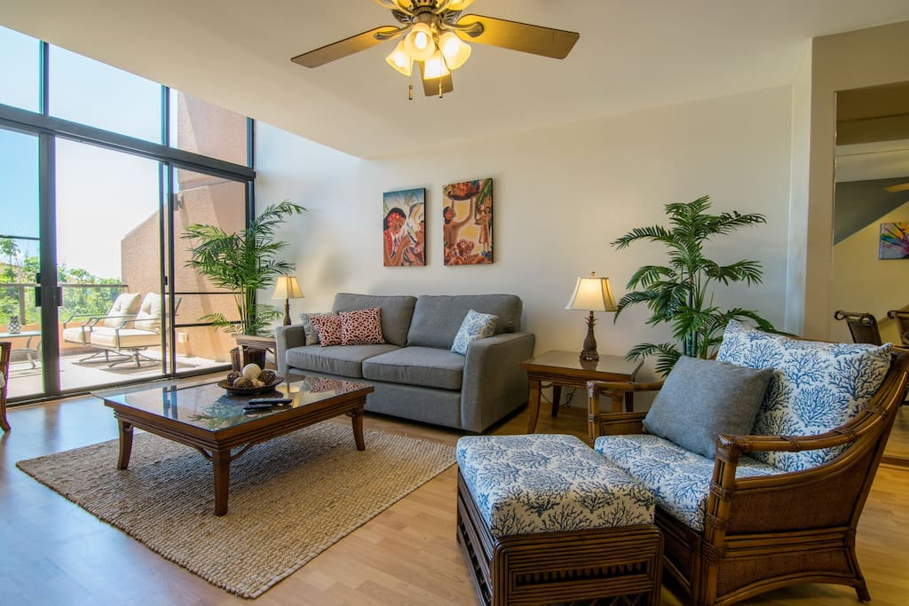 Enjoy beautiful natural light allowed in by the tall windows!