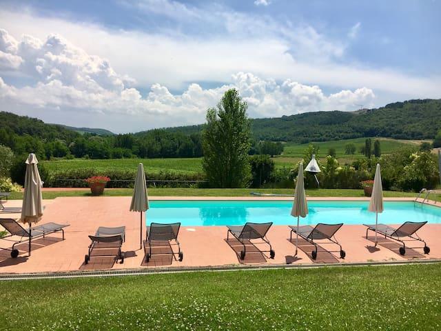 Beautiful Villa in the Tuscany Wine Region
