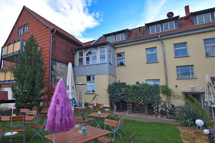 Spacious Apartment in Ballenstedt Harz near Lake