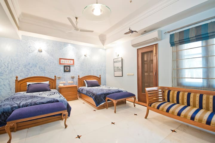Villa 33 Family Suite - Neu-Delhi - Bed & Breakfast