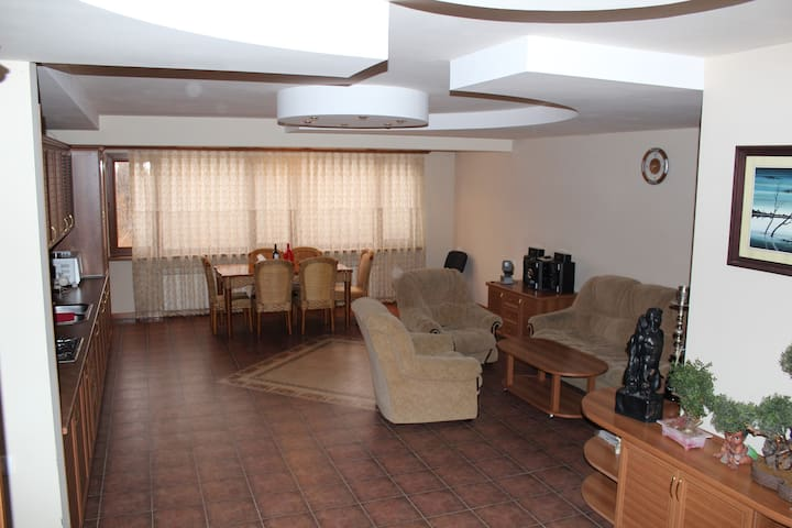 Eduard`s place, feel yourself like a local