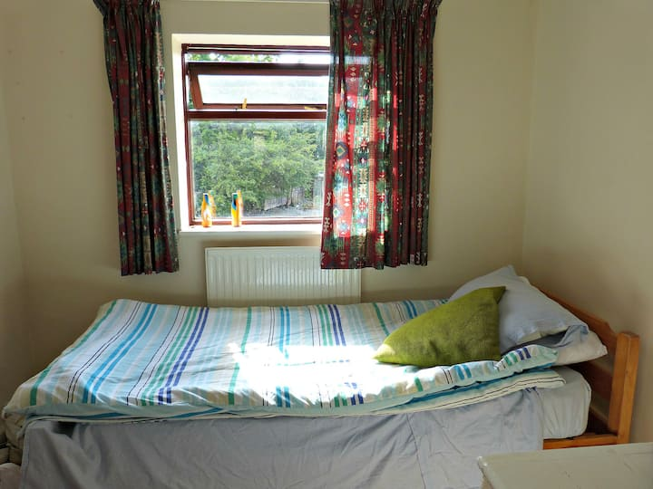 Cosy and affordable single room