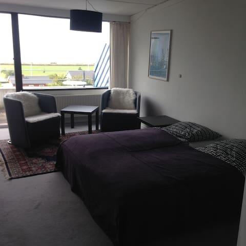 Ferie Lejlighed med 500 m. til by og strand. - Ebeltoft - 公寓