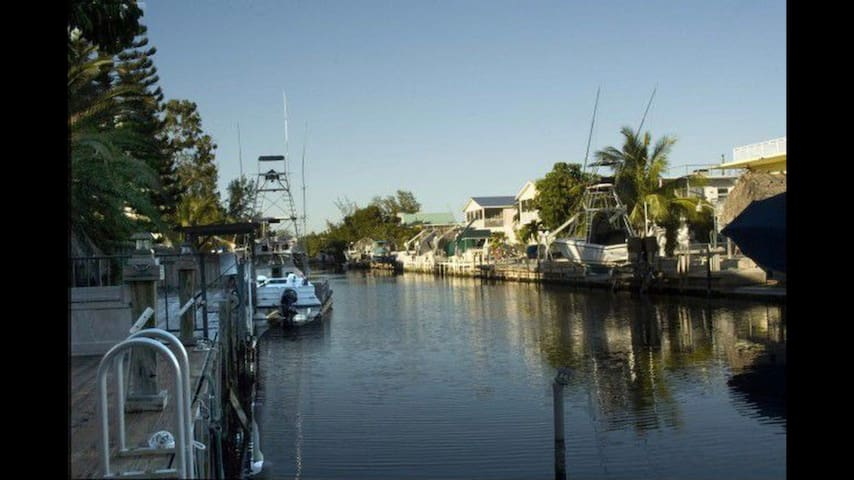 Beautiful updated home in Islamorada